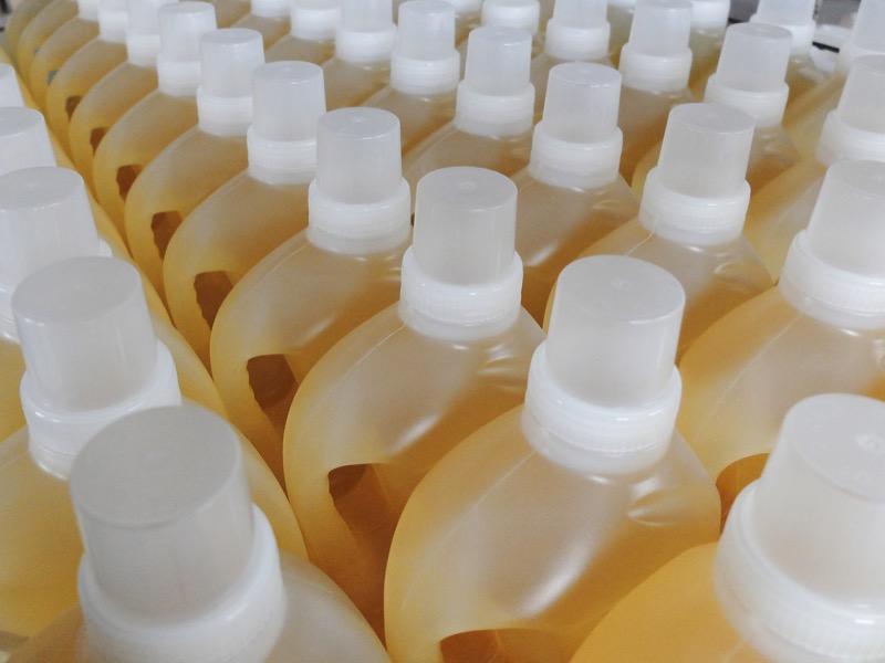 2・赤カビに効く洗剤