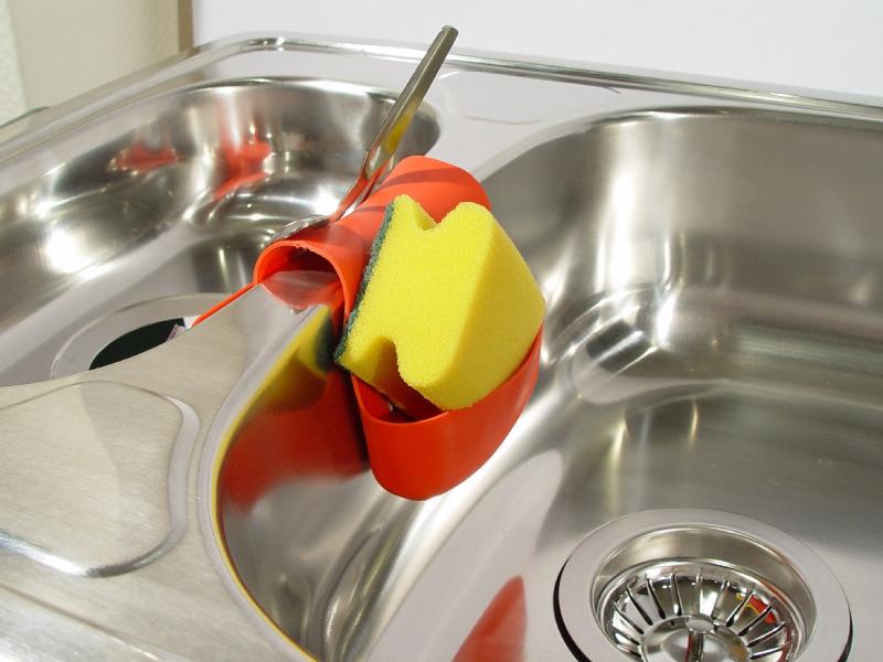 2・台所の排水溝がつまる原因