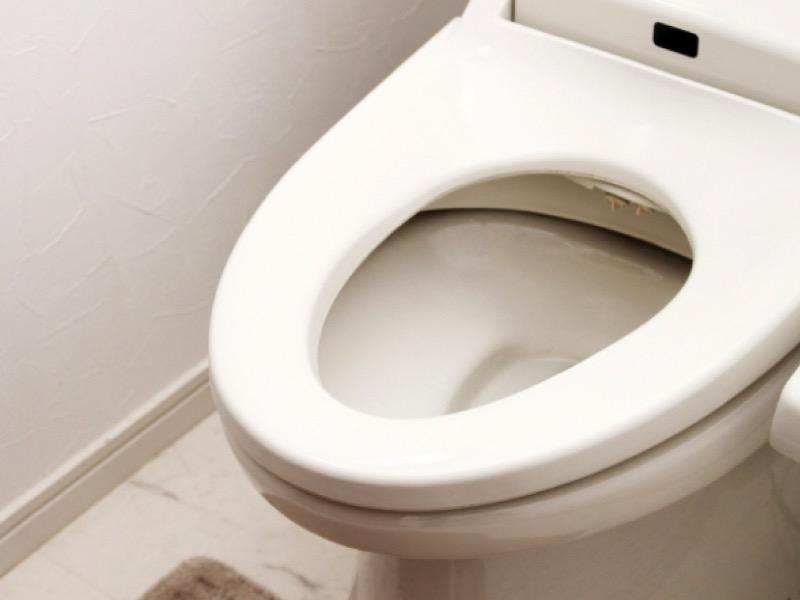3・トイレの汚れ「水垢」