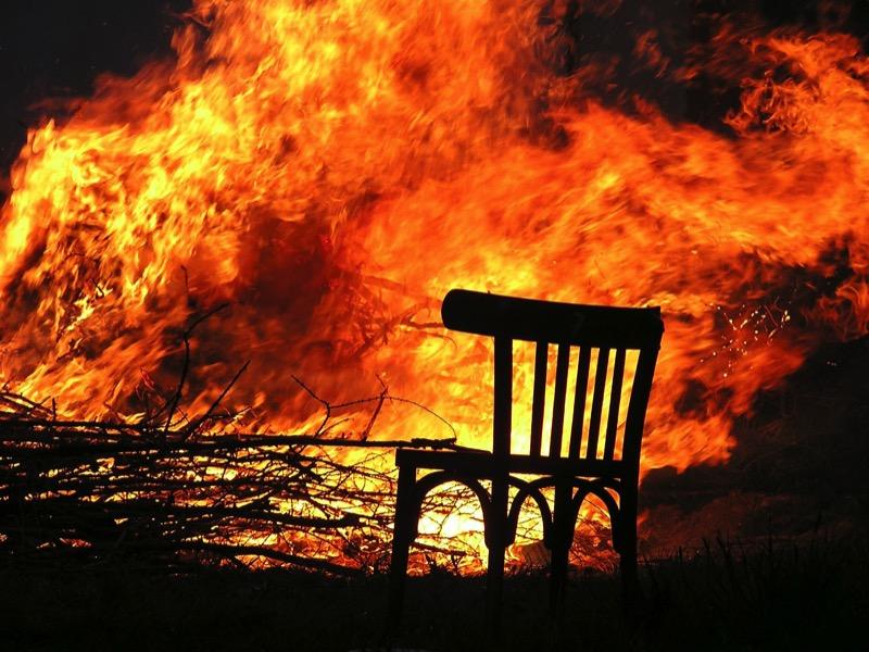 1・火事の危険性がある