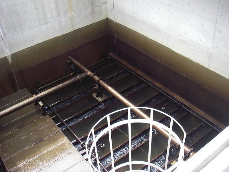 3・急速濾過池(きゅうそくろかち)